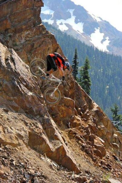 دوچرخه سواری در کوه و صخره